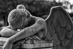 636080429114440123-1212882946_635898753504476015-1619945331_grief-angel